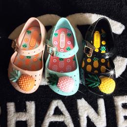 Wholesale Little Girls Red Shoes - 3 color jelly MINI FURADINHA ineapple fruit summer children's shoes mini minised Jelly Little Children Toddler Kids Size
