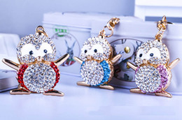 Wholesale Cartoon Penguin Bags - Cartoon penguin shape key chain Creative with diamond metal cute penguin key ring Bag fashion accessories