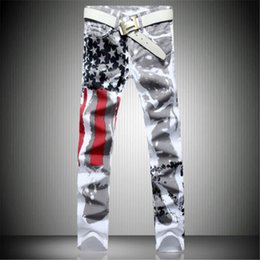 2019 bandera americana hombres capris Al por mayor- 2017 recién llegado de los hombres ocasionales de los EE. UU. Bandera de EE. UU. Impresa Jeans Pantalones Mens Graffiti Imprimir blanco hip-hop de moda Jeans