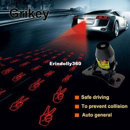 Luz laser de la cola del coche online-Advertencia del coche Luz antiniebla láser Luces traseras anti colisión Lámpara de estacionamiento del freno de cola Proyector láser de estilo externo del coche