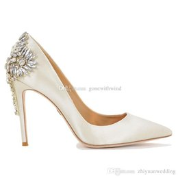 Wholesale Burgundy Prom Shoes - 2017 new arrival bridal shoes white burgundy blue green grey black wedding shoes heels silk pump shoes for wedding prom evening