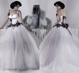 Wholesale Vintage Floral Corset - Vintage White and Black Tulle Wedding Dresses Beaded Spaghetti Strap Gothic Bridal Gowns Corset Halloween 2017 Vestidos Long