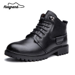 boots cowhide leather Promo Codes - Wholesale- 2016 New Winter Boots PU Leather Real Cowhide Lace-Up Charming Solid Warm Leisure Fashionable Attractive Ankle Boots Men XMX392
