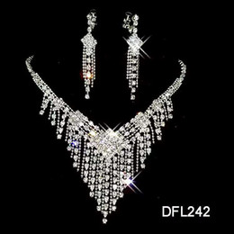 Wholesale purple bridal jewelry sets pearl - White Pearl Necklace Earrings Fashion Diamond bridal necklace bridal jewelry sets necklace and earrings sets wedding bridal accessories