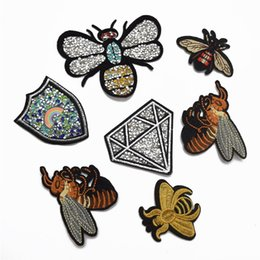 Wholesale Wholesale Iron Rhinestone Appliques - 25pcs Iron On Embroidered Applique Patch rhinestone Bee badge for clothes shoes bag