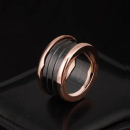 Wholesale Ceramics Rings Rose - Brand name 316L Stainless Steel Rings with White and Black Ceramic in rose gold Plated Women and Men Rings Fashion Wedding Jewelry PS5485