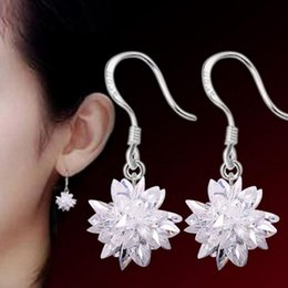 Wholesale Wholesale Snowflake Charms Free Shipping - 2017 New Luxury Snowflake Wedding Charm Earrings Rhinestone Engagement Beautiful Earrings Jewelry Crystal Ear Rings free shipping
