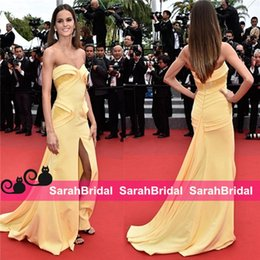 Wholesale Sequins Embroidered Evening Dress - Izabel Goulart 2017 Cannes Celebrity mermaid Evening Yellow New 12y Embroidered and High Slit Fit to Flare Skirt Cheap Formal Prom Gowns