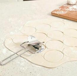 Pasta machine online-Nuevo molde de molino de Ravioli de empanada de la empanada de la pasta de la pasta de acero inoxidable que cocina las herramientas de la galleta que hace la máquina que hace la bola de masa hervida del bollo del círculo