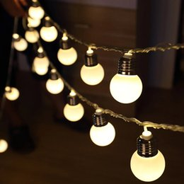 3 M 20 LED Küre Topu Dize Işıklar Pil Işletilen Led Ampul Işık Düğün Parti Dekorasyon için cheap led bulb globe strings nereden led ampul küre telleri tedarikçiler