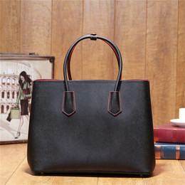 Wholesale Top Selling Women Handbags - Tote Women Brand Designer M143 promotional discount genuine leather bag handbag top quality fashion new famous hot selling