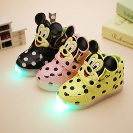 Wholesale Wholesale Black Lace Fabrics - 3 Color Children Mickey Minne LED luminous shoes Boys girls cartoon dot sneakers light colorful glowing leisure flat Running Shoes B001