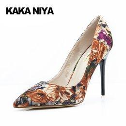 Wholesale Purple Vintage High Heel Shoes - Pumps Ultra Vintage 4 34 Small Size Gray 9cm Inch Floral 2017 Purple Ladies Shoes High Heels Pointed Toe Flower Printed Heel