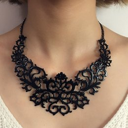 Wholesale Woodwork Necklaces - Carve patterns or designs on woodwork restoring ancient ways is brief paragraph clavicle chain necklace sweater chain wholesale
