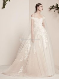 Wholesale Elie Wedding - off the shoulders ball gown wedding dresses 2018 elie saab bridal gowns appliques beaded chapel train