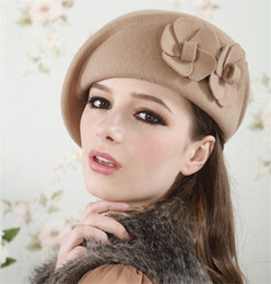 Wholesale Cheap Fashion Beret Hats - Wholesale-2016 Berets Woolen Fashion Korean Style Lovely Hats Double Florals Trendy New Fashion Knitted Cheap Berets Hats Women Gifts