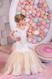 Wholesale Sexy Short Birthday Dresses - Sexy Children Images Mermaid Lace Applique First Communion Dresses For Girls Champagne Short Sleeves Flower Girl Dresses