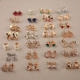 Wholesale Earring Korean Mix - Stud Earrings fashion Jewelry Minimalist glossy diamond stud earrings mixed delivery Korean fashion cute lady jewelry woman gift 816