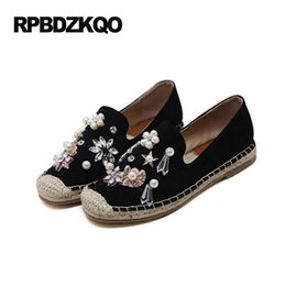Wholesale Espadrilles Ladies Shoes - Ladies Beautiful Flats Shoes Metal 2017 Round Toe Espadrilles Diamond Fisherman Pearl Rope Flower Rhinestone Women Slip On