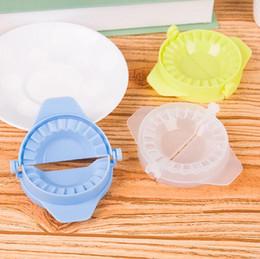 кухонные принадлежности кулинария инструменты пищевой 3 цвета творческий пластиковые DIY пресс тесто клецки производители формы клецки клипы машина от Поставщики машина для приготовления пищи