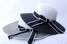 Wholesale Travel Straw Hats - 2018 Summer Women Retro Black&White Wide Brim Straw Sun Hat Lady Summer Travelling Hat for beach party gifts