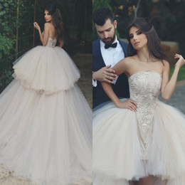 Wholesale Strapless Wedding Dresses Detachable - Exiquisite Lace Appliqued Sheath Wedding Dresses with Detachable Ball Gown Puffy Tulle 2018 Layers High Low Bridal Gowns with Corset Back