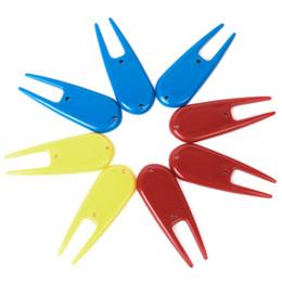 Wholesale Plastic Divot Tools - Wholesale- PROMOTION!8 pcs Tools Divots Ranges Golf Plastic Golf Accessories