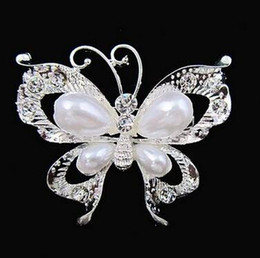 Wholesale China Lady Fashion - Silver Butterfly Crystal Brooch Women Fashion Lady Costume Brooch High Quality Girls Hijab Pins Free Shipping Wholesale Scarf Pins