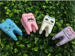 Wholesale Wholesale Plastic Pencil Sharpeners - 12 Pieces Per Lot Tooth Shaped Pencil Sharpener Plastic High Quality Pencil Sharpeners For Pupils And Office Staff