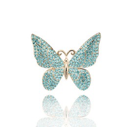 Wholesale Beautiful Butterfly Brooch - 2017 Newest design Gold-tone beautiful butterfly blue crystal rhinestone brooch women bridal brooches pins fashion jewelry