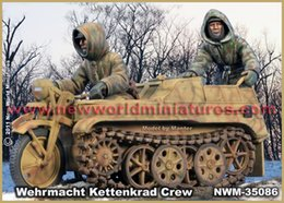 Wholesale Wwii Wholesale - Wholesale- Unpainted Kit 1  35 wehrmacht kettenkrad crew not include the tank Historical WWII Figure Resin Kit Free Shipping