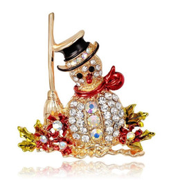 Wholesale Rhinestone Hijab - Wholesale- Hot Sale Women and men Christmas brooches Colorful Rhinestone Snowman Brooches for women Christmas Gift Free Shipping hijab pins