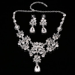 Wholesale Costume Jewelry Diamond Sets - New Fashion Rhinestone Wedding Jewelry Sets For Bride Prom Party Costume Accessories Bridal Necklace Earring Sets Special Formal