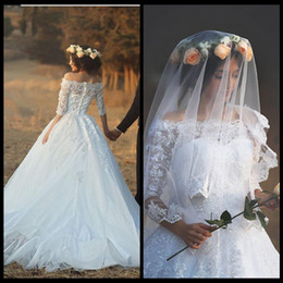 Wholesale Gowns Feathers Designs - New Design 2017 Long Wedding Dresses Boat Neck Half Sleeves Ball Gown Appliques Tulle Lace Chapel Train Bridal Gowns With Veil