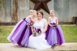 Wholesale Cute Dressed For Little Girls - Cute Tulle Flower Girl Dresses For Wedding Ball Gown Sleeveless Of the shoulder Floor Length Little Girls pageant dresses size