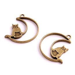 Wholesale Antique Gold Locket Pendant - Min order 12 PCS 35*36mm Antique bronze Moon smile Cat Charms Pendants for Jewelry Making DIY Handmade Craft Floating locket D6062
