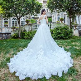 Wholesale Cheap Feather Skirt Dress - Luxury Wedding Dresses 2017 New Spaghetti Straps Pleated Tulle Feather Flowers Chapel Train A Line Bridal Gowns Cheap Real Photo