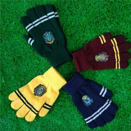 Wholesale Christmas Glove Wholesale - Harry School Gryffindor Slytherin Ravenclaw Hufflepuff Gloves Badge Five Fingers Gloves Cosplay Potter Fans Christmas Gift Drop Shipping