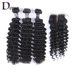 Vague 3 de cheveux humains de vague profonde Bundles avec la fermeture 4pcs / lot de dentelle de partie moyenne Extensions de cheveux humains non traitées ? partir de fabricateur
