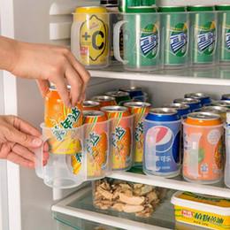 Refrigeradores de bebidas online-Refrigerador útil Caja de almacenamiento Accesorios de cocina Cerveza o soda Lata de bebida Latas para ahorrar espacio Acabado Organizador de cuatro cajas