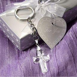 2019 hermoso colgante de cruz Crystal Cross llavero Baby shower regalo decoración del partido europa regalos religiosos colgante de cristal con hermoso paquete hermoso colgante de cruz baratos