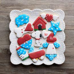 8 pcs dos desenhos animados snoopy patisserie reposteria cortador de biscoito de metal ferramentas de decoração do bolo fondant padaria biscuit loja de pastelaria molde de cozimento cozinha de Fornecedores de metal snoopy