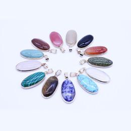 Pingente de turquesa oval on-line-Pedra Natural Oval Banhado A Ouro Turquesa Pingentes De Cristal Pingentes Encantos Fit Pedra Natural Colar de Jóias Acessórios