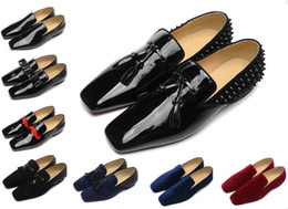Wholesale Luxury Wedding Lace Fabric - Brand Red Bottom Loafers Luxury Party Wedding Shoes Designer BLACK PATENT LEATHER Suede with tassels Spikes Studded dress shoes for mens