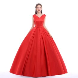 Wholesale Sexy Red Evening Dresses - Red Carpet Long Prom Gowns With Belt Sexy V Neck Ball Gowns Open Back Lace Up Vintage Wedding Dress Party Evening Real Photos