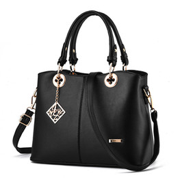 Wholesale Fashion Bag Online - 2017 new fashion handbag fashion bags for women, beige white back rose red bag wholesale sale cheap online