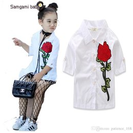 Wholesale Wholesalers Sell Embroidery Clothing - INS hot sell Europe and America style spring Autumn half Sleeve Rose Embroidery white shirt cotton Neutral shirt kids clothing free shipping