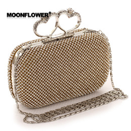 Wholesale Heart Hand Bags - Shinny Bling Diamonds Gold Silver Bridal Hand Bags 2017 Hot Style Fashion Love Heart Women Clutch Bags For Party Evenings Formal CPA808