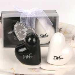 "Wholesale Heart Pepper - Heart Shaped ""Mr.&Ms."" Salt And Pepper Shaker Wedding Gifts For Guest Event Party Favor supplies"