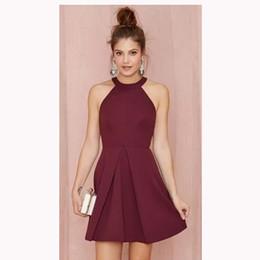 Вечерние платья для девочек размер 16 онлайн-Дешевые короткие коктейльные платья 2019 Холтер спинки бордовый атласная линия выпускного вечера платья возвращения на родину девушки торжественная одежда